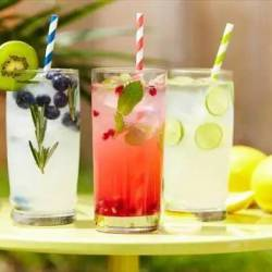 smoothies-teas-and-lemonades-summer-is-here